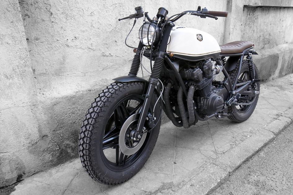 Honda CB 750 KZ Black Cream (CRD) 47