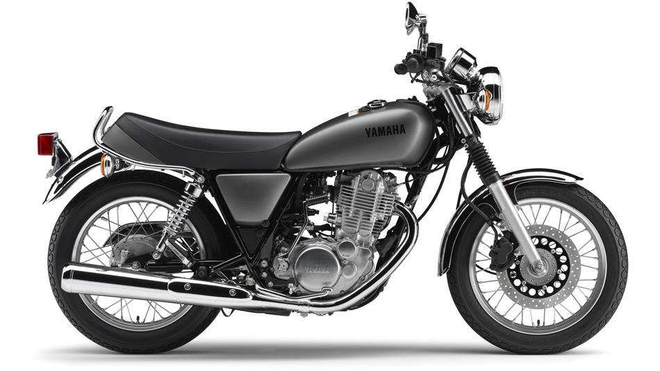 2014-Yamaha-SR400-EU-Matt-Grey-Studio-002