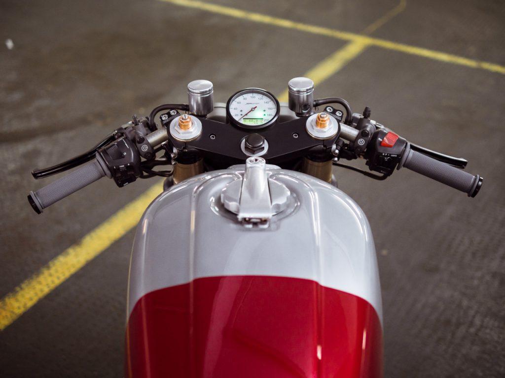 Honda-CB750-SevenFifty-Cafe-Racer-Mk5-deBolex-caferaceros-08