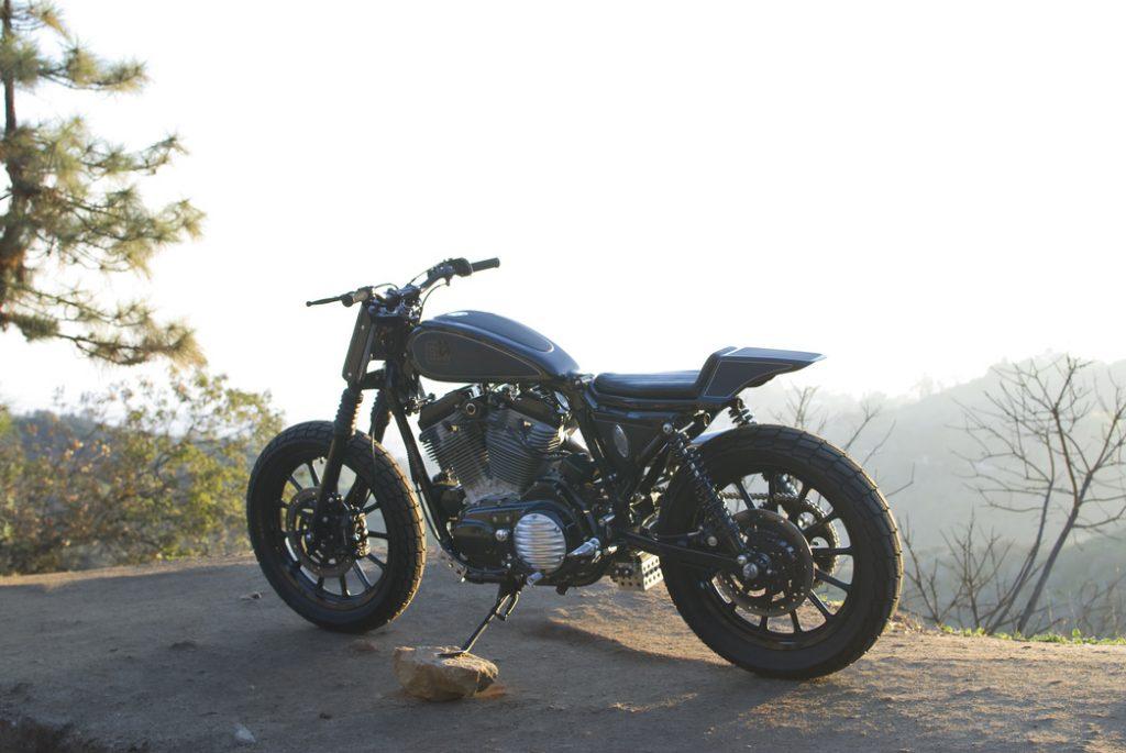 Harley-Sportster-Pata-Negra-Tracker-Brawny Built (1)