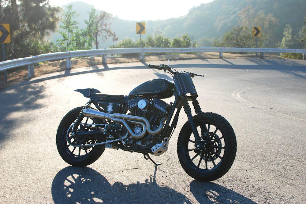 Harley-Sportster-Pata-Negra-Tracker-Brawny Built (8)