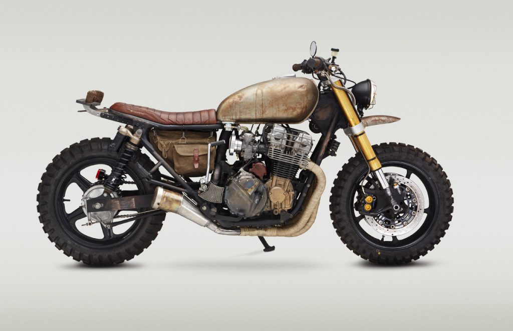 Honda-CB750-Nighthawk-Daryl-Dixon-The-Walking-Dead-CLASSIFIED-MOTO-caferaceros-05