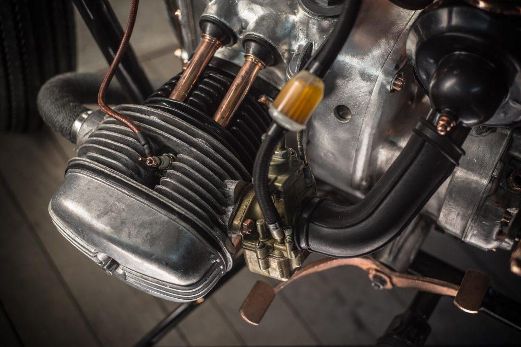 ural-650-dozer-garage-caferaceros-01