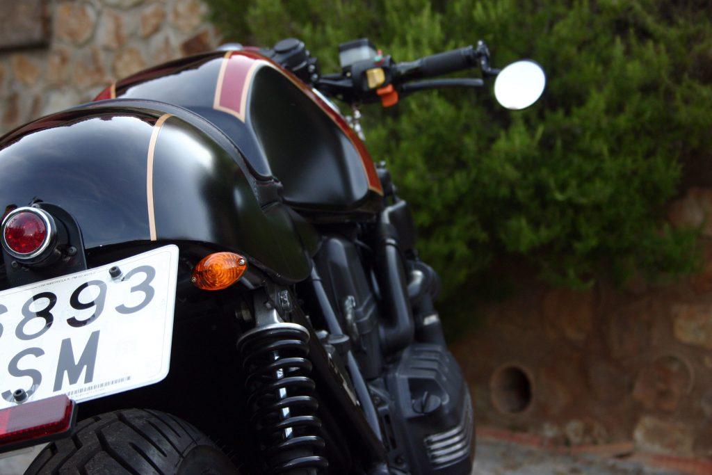 bmw-k100-lt-the-biker-special-caferaceros-04