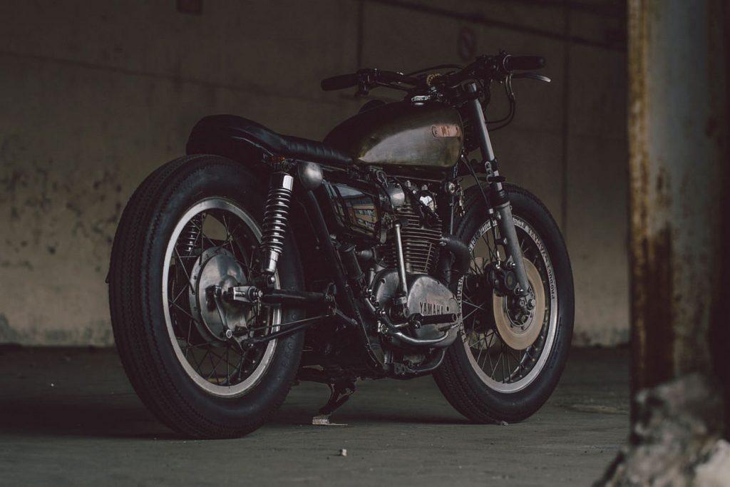 Yamaha XS650 Brat (Soyouz Cycles) © caferaceros.com